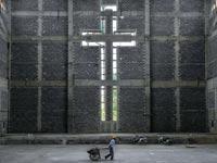 כנסייה, צלב / צלם: רויטרס